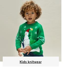 Kids knitwear