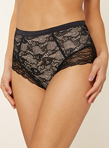 Smoothing Lace Brief