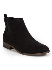 Black Chelsea Ankle Boot