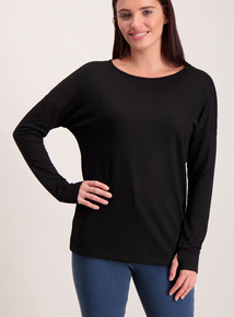 Online Exclusive Black V-Back Long Sleeve T-Shirt
