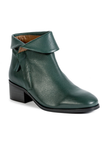 Premium Green Folded Collar Leather Ankle Boots