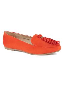 Sole Comfort Orange Tassel Slipper Cut Shoes