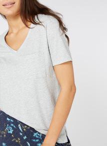 Pocket V Neck T-Shirt