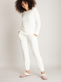 Cream Heart Embossed Fleece Pyjamas