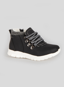 Black Ankle Boots (Infant 6-4)