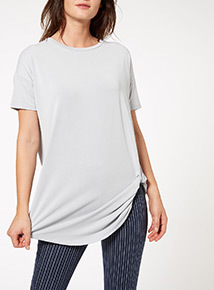Grey Knot Front Top