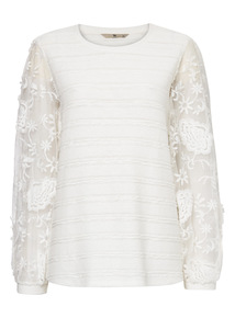 White Oriental Lace Sleeve Top