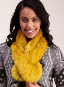 Yellow Faux Fur Collar Scarf