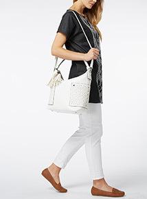 Cutwork Bucket Tassle Bag