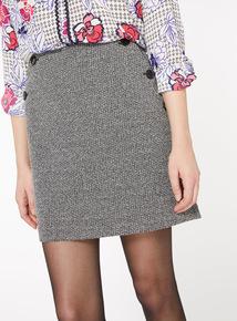 Monochrome Button A-Line Skirt