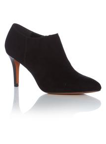 Black Shoe Boots