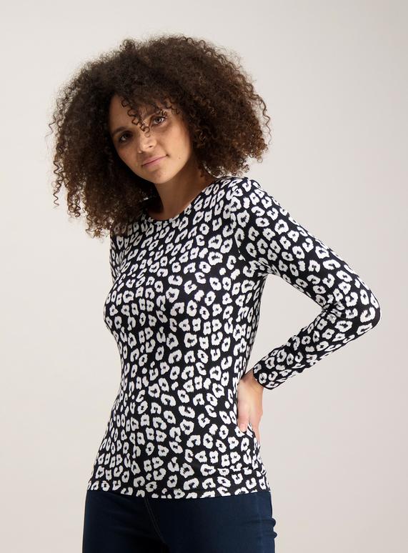 9ce160573d0b8 Womens Monochrome Leopard Print Long Sleeve Top