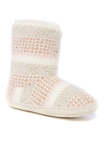 Cream Stripe Eyelash Yarn Slipper Boot