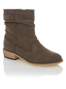 Brown Calf-high Boots