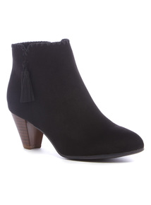 Black 'Sole Comfort' Tassel Ankle Boots