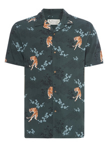 Green Tiger Print Short Sleeve Shirt