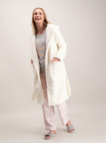 Cream 'Bearly Awake' Dressing Gown & Pyjama Set