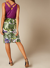 Premium Multicoloured Leaf Print Panel Pencil Skirt