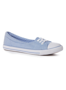 Light Blue Low Lace Canvas Shoe