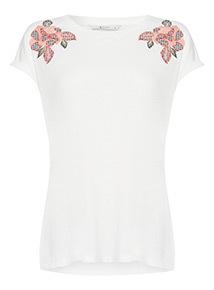 Gingham Flower T-shirt