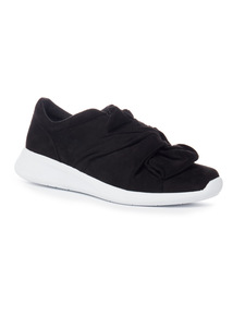 Black Knot Slip On White Contrast Sole Shoes
