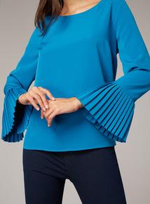 Premium Pleated Sleeve Blouse