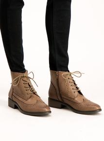Sole Comfort Tan Brogue Boots