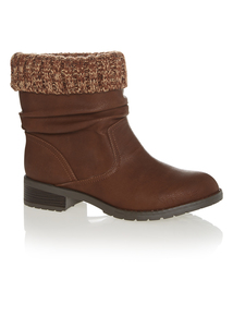 Brown Knitted Collar Ankle Boots