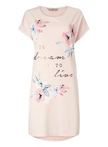 Dream to Live Nightdress