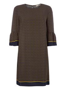 Chain Pattern Shift Dress