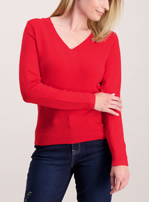 Online Exclusive Red V-Neck Jumper
