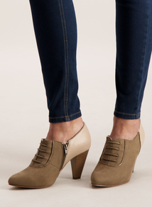 Online Exclusive Sole Comfort Beige Mock Lace Up Shoes