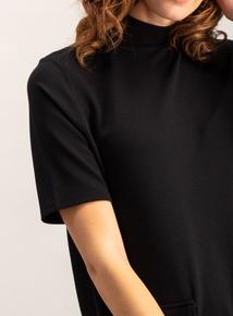 Black Button Pocket Shift Dress