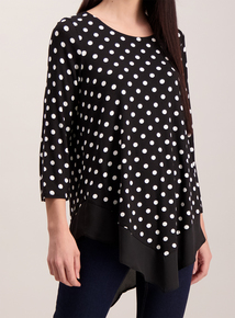 Monochrome Spot Round Neck Top