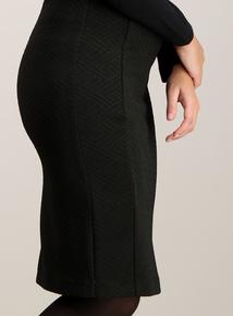 Black Zig Zag Ponte Pencil Skirt