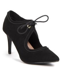 Sole Comfort Black Lace Up Shoes