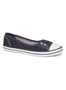 Navy Low Lace Canvas Shoe