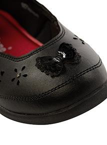 ToeZone Coated Leather Flower Appliqué Shoes