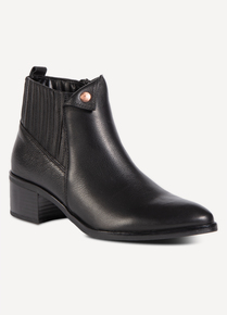 Sole Comfort Black Leather Folded Stud Ankle Boots