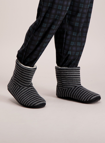 Grey Striped Knitted Slipper Boots