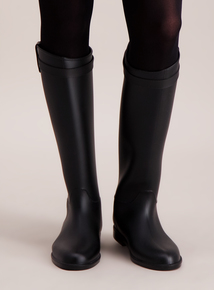 Online Exclusive Black Riding Wellie Boots