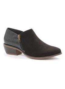 Black Western Shoe