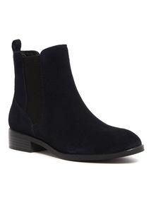 Sole Comfort Suede Chelsea Boots