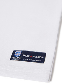 White Official England Badge T-Shirt (9 months -14 years)