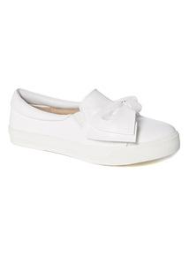 White Knot Skater Shoes