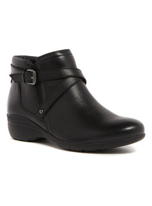 Sole Comfort Black Leather Ankle Boot